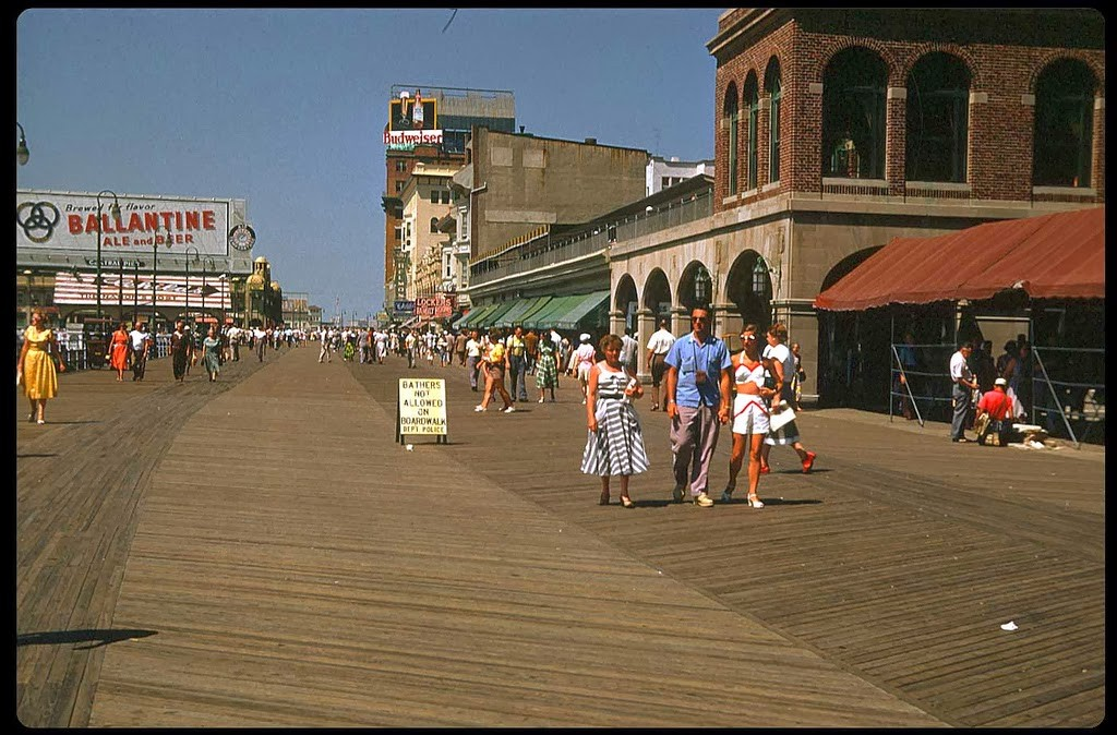 29 Boardwalk, Atlantic City - 1953.jpg