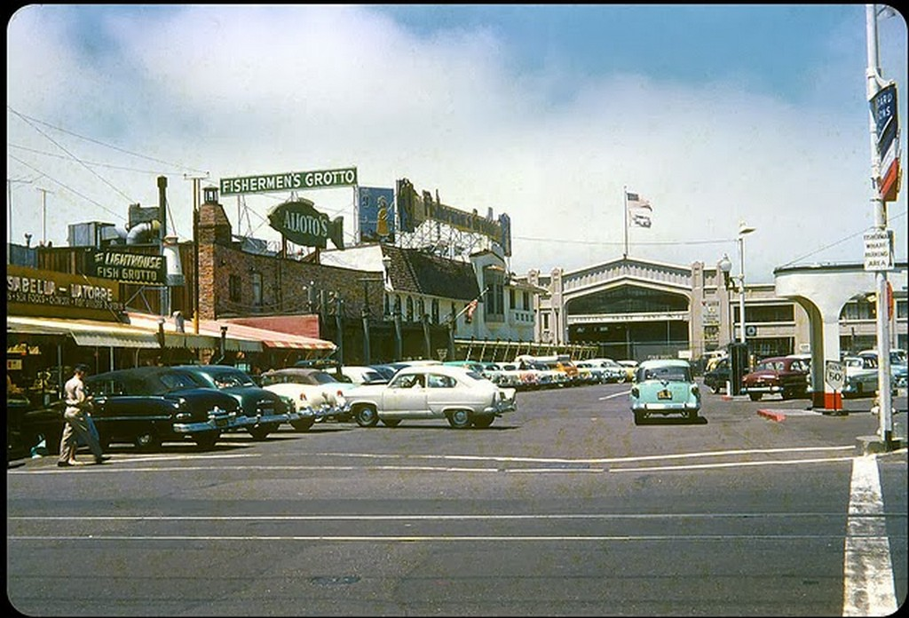 34 Fisherman's Wharf, San Francisco, 1953.jpg