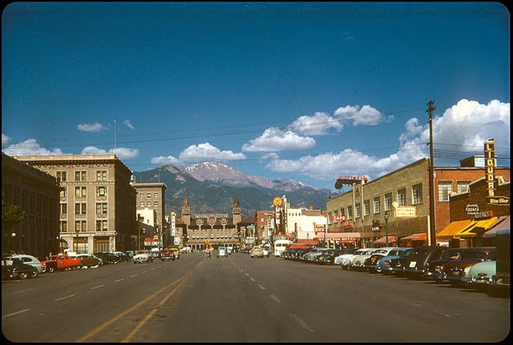 36 Colorado Springs 1952.jpg