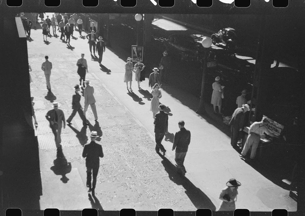Chicago scenes of 1941 (12).jpg