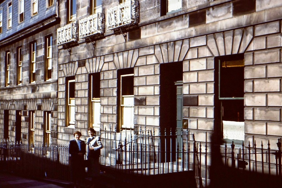 Streets of Edinburgh, Scotland in Color in the 1950s (1).jpg