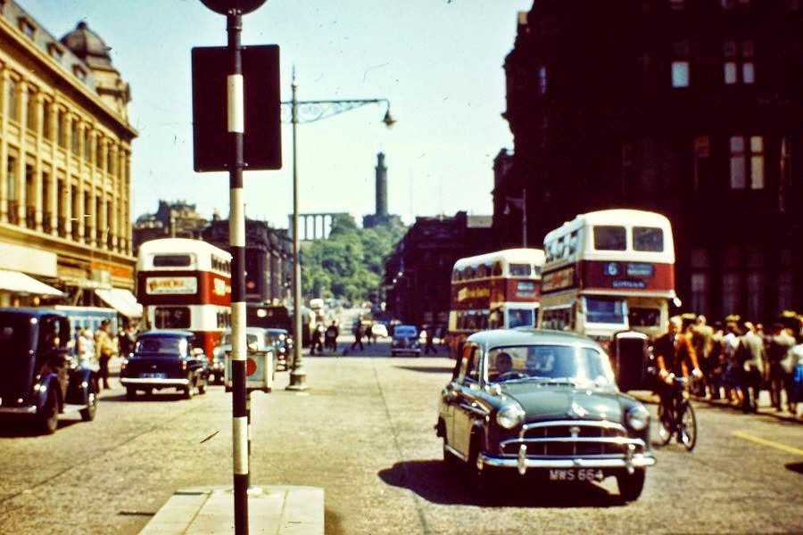 Streets of Edinburgh, Scotland in Color in the 1950s (20).jpg