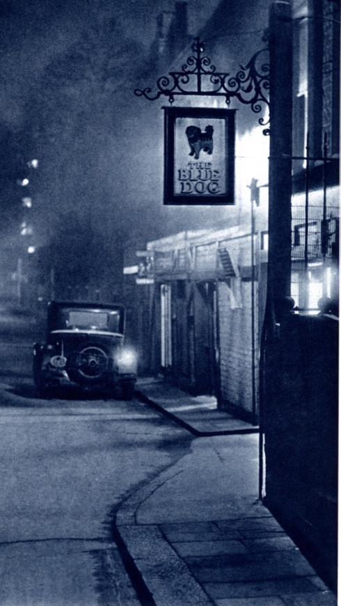 london_night_in_the_1930_s_04.jpg