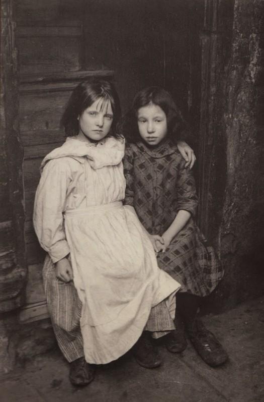 london_street_children_1900s_13.jpg