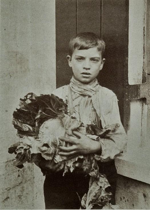 london_street_children_1900s_24.jpg