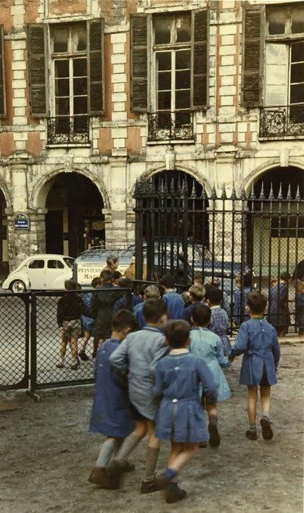 Paris of 1950s (16).jpg