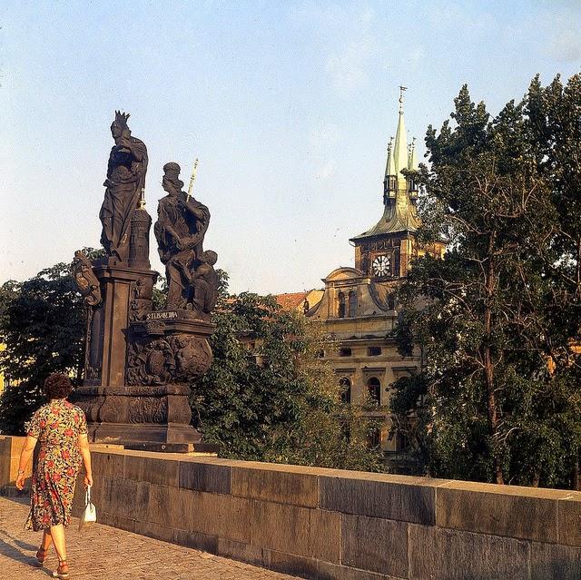 Prague 1975 (5).jpg