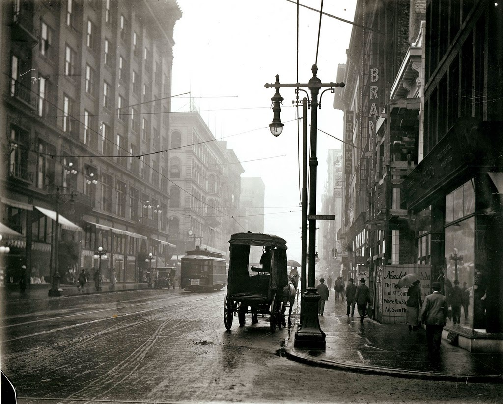 st_louis_streets_in_the_early_20th_century_02.jpg