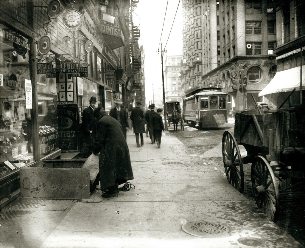 st_louis_streets_in_the_early_20th_century_04.jpg
