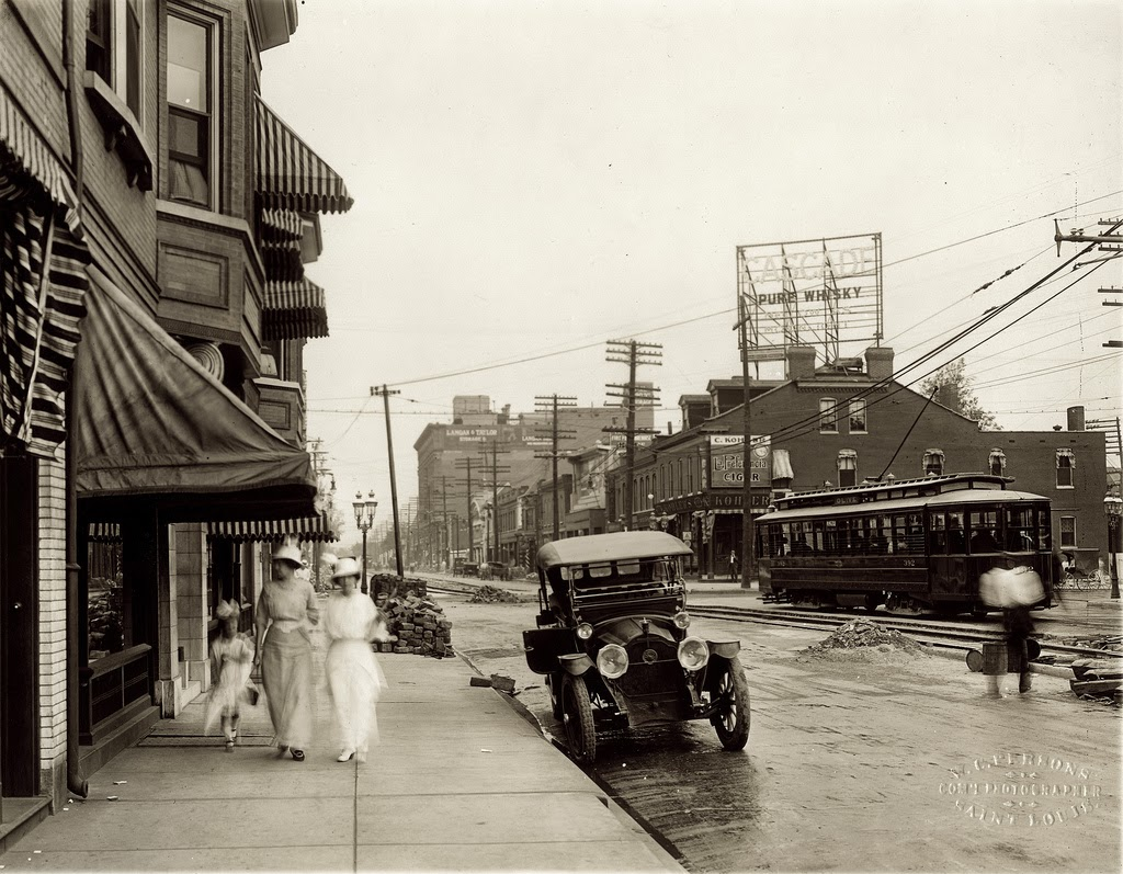 st_louis_streets_in_the_early_20th_century_16.jpg