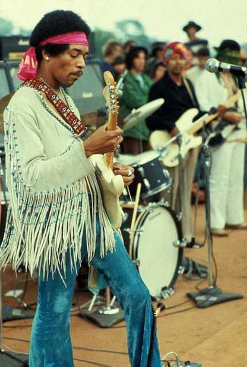 Photos-of-Life-at-Woodstock-1969-1.jpg