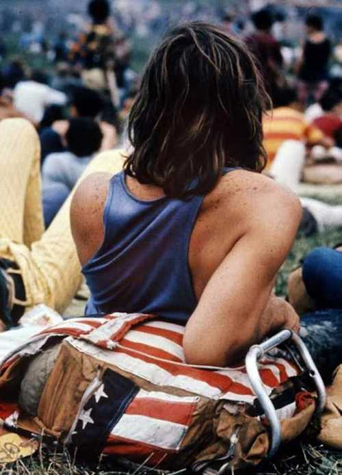 Photos-of-Life-at-Woodstock-1969-11.jpg
