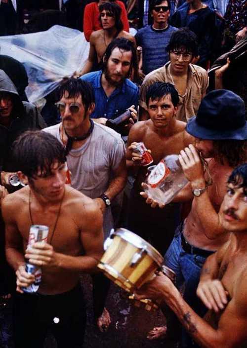 Photos-of-Life-at-Woodstock-1969-31.jpg