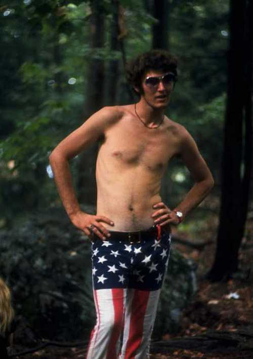 Photos-of-Life-at-Woodstock-1969-33.jpg