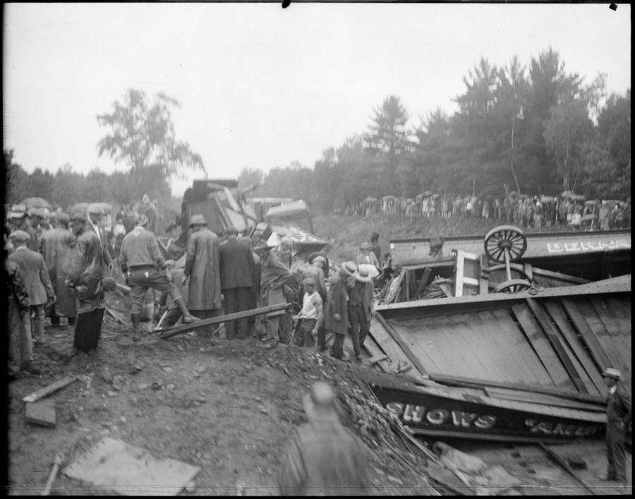 1928. A Bernardi Greater Shows cirkusz szerelvény balesete. Farmington, New Hampshire..jpg