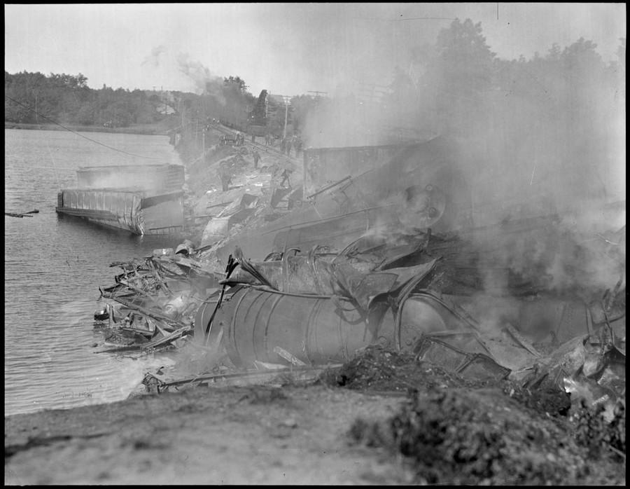 1932. Égő tehervonat Clintonnál 2..jpg