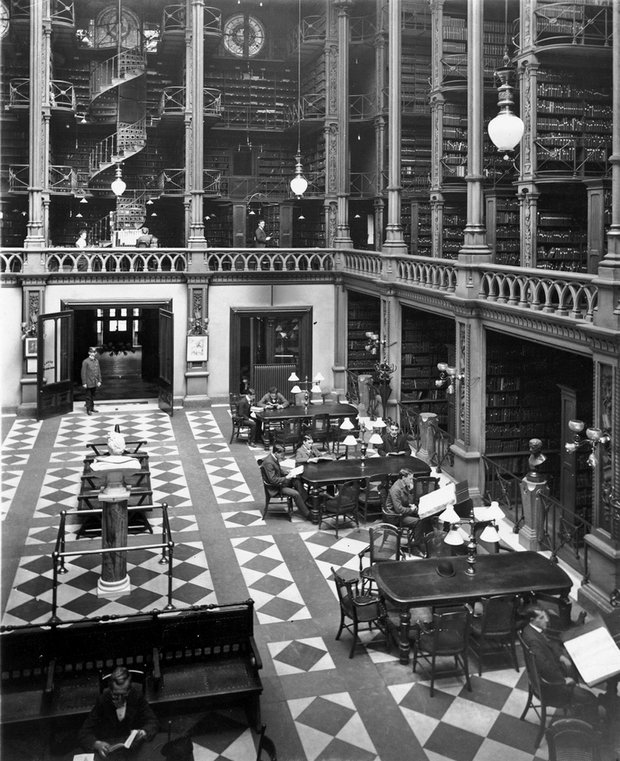 1874. Cincinnati könyvtár. A belső tér teljesen fémből kovácsolt. 1955-ben lebontották..jpg