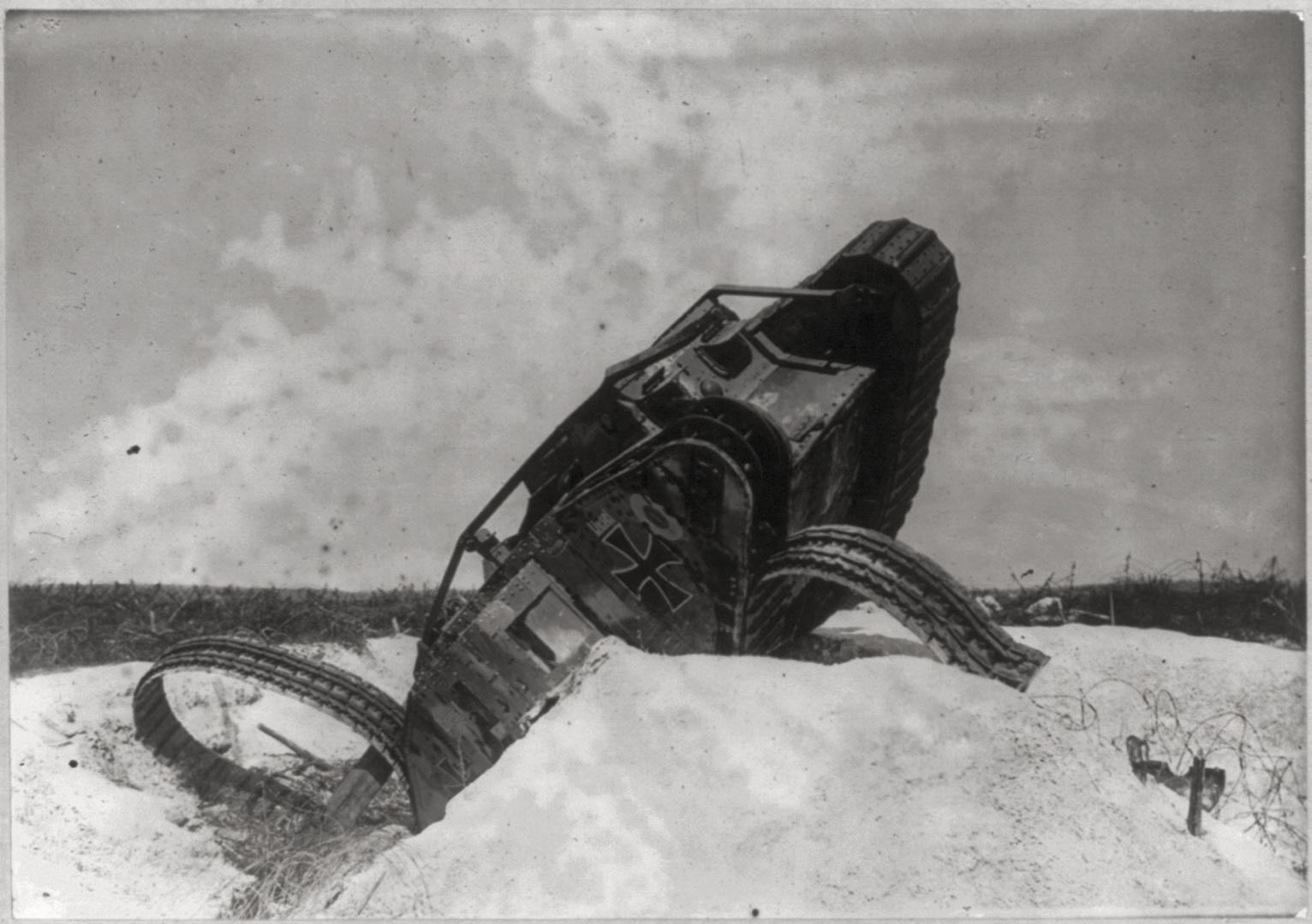1919. Roncs német tank..jpg