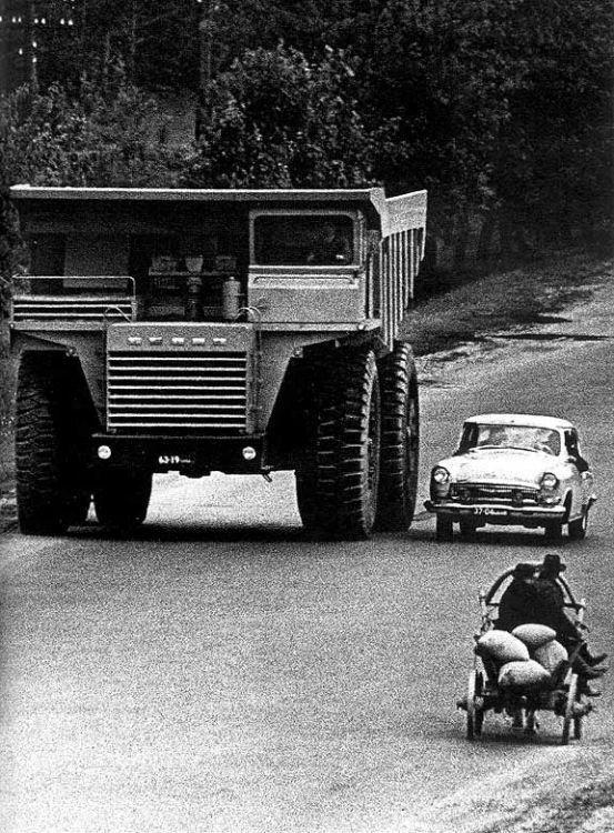 1976orosz BELAZ.jpg