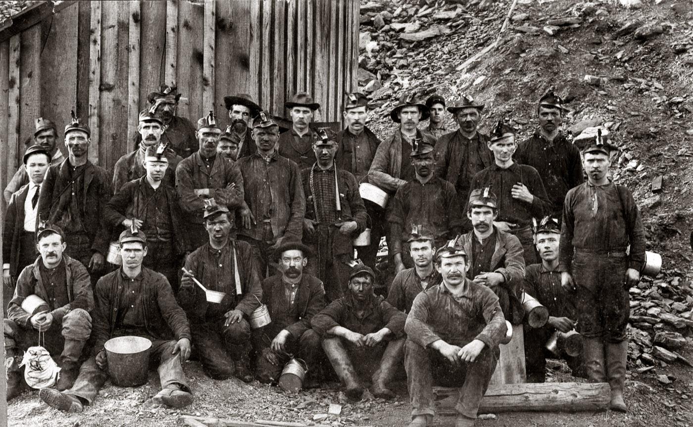 1900. Pittsburgh-i szénbányászok.jpg