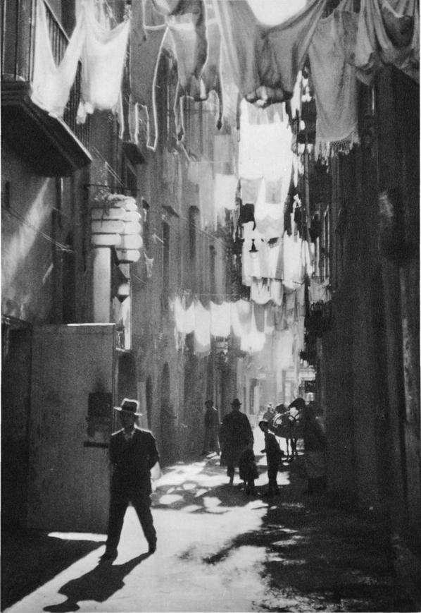 1929. Spagnoli negyed, Nápoly.png