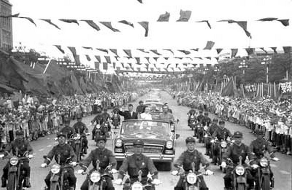 1971. Ceausescu Kínában.jpg