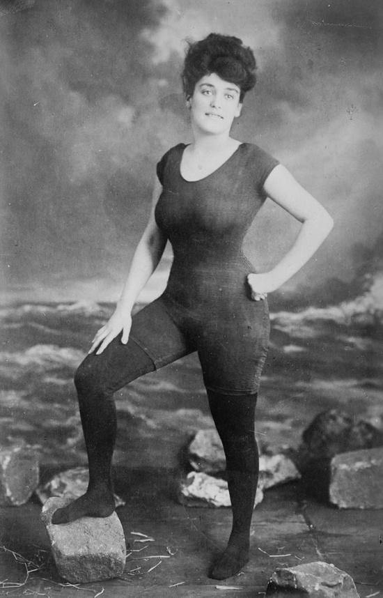 1907_Annette Kellerman.jpg