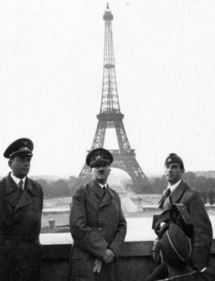 1940hitler-tm.jpg
