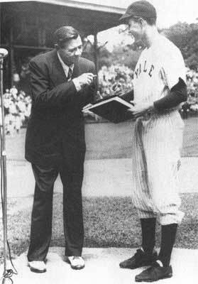 1948babe-ruth-and-bush-sr-1948.jpg