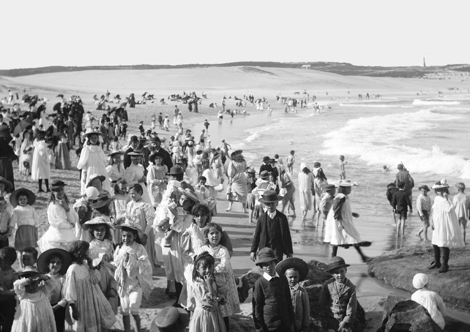 1900. Bondi Beach Sydney, Australia.jpg