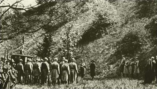 1917. Mata Hari kivégzése.jpg