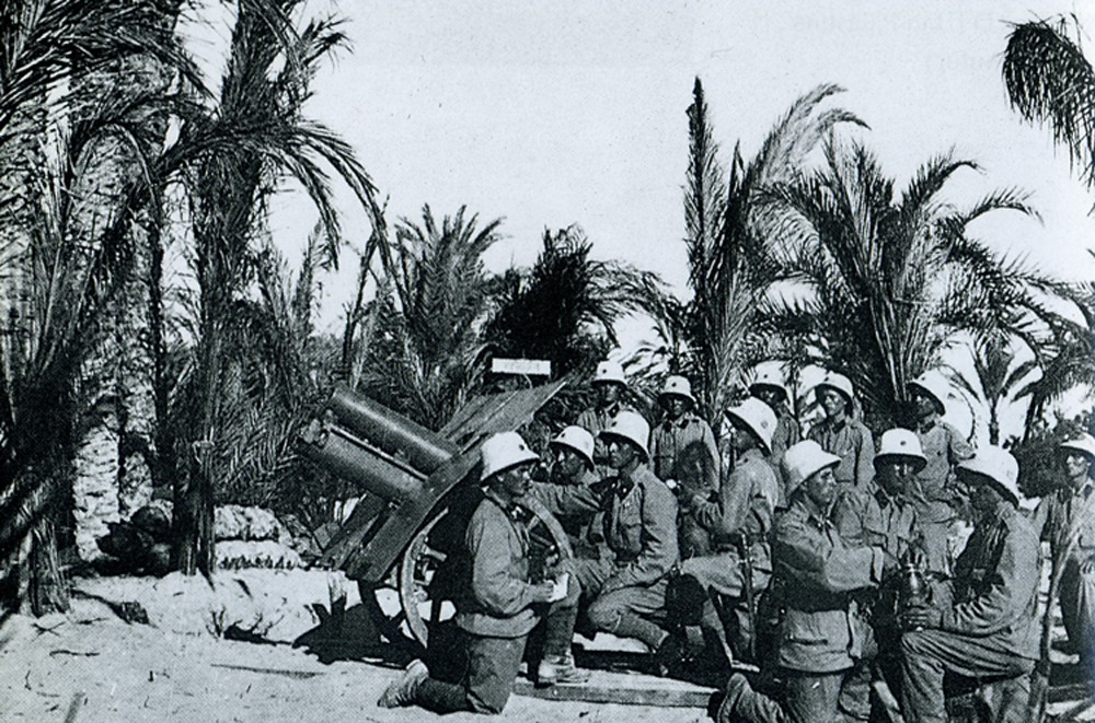 1916. Osztrák-magyar hegyi tüzérek Palesztinában. Britek ellen harcoltunk a törökökkel együtt..jpg