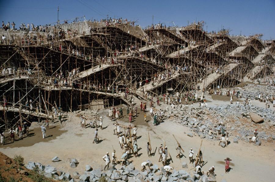 1963. Nagarjuna Sagar gát építése Indiában..jpg