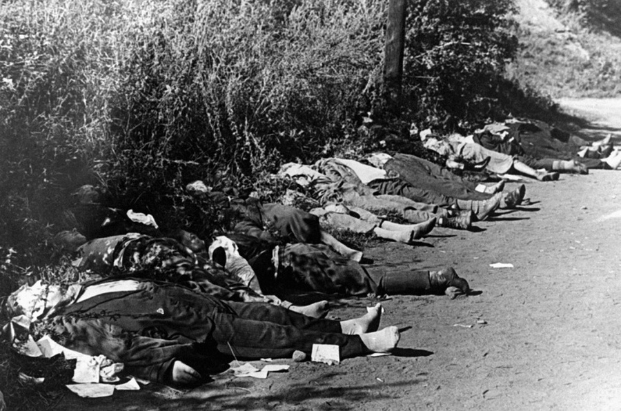 Az előrenyomuló németek által talált halott német civilek Bydgoszcz mellett.