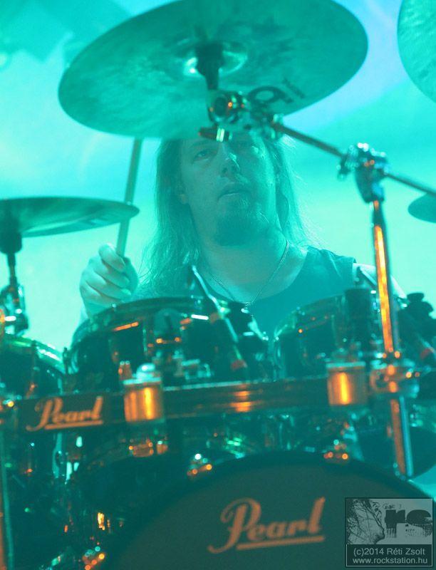 amon_amarth_drummer.jpg