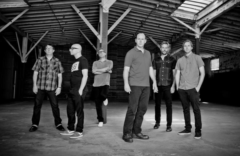 Bad Religion band 2012.jpg