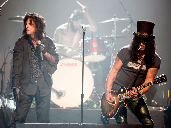 Alice+Cooper+Slash+4th+Annual+MusiCares+Benefit+GuRlyqeUPn3l.jpg