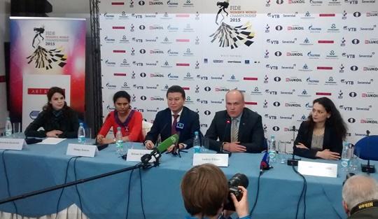 wszocsi_press_conference.jpg