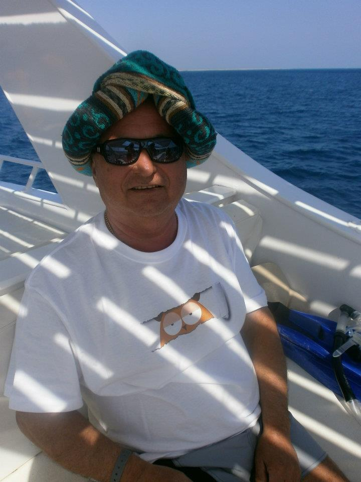 Lacit Hurghadaba kísértem el.