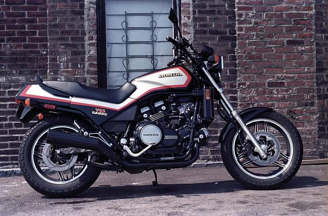 Honda V65 sabre.jpg