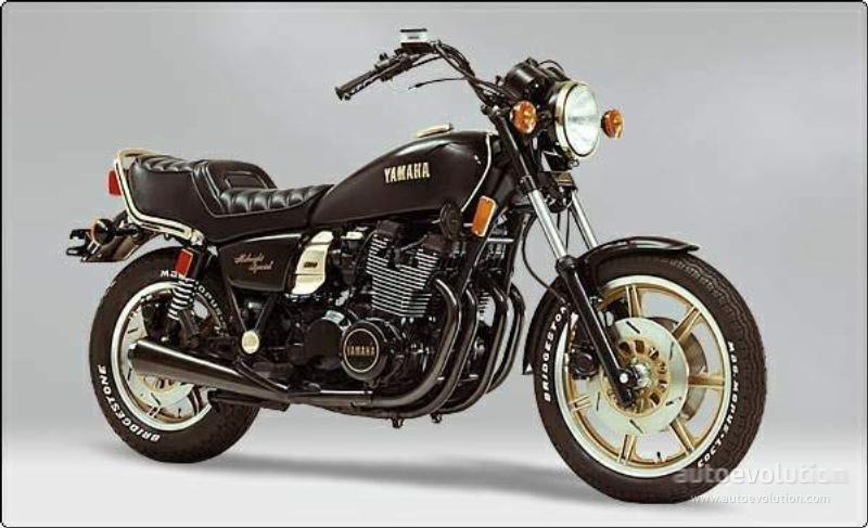 Yamaha XS1100 Midnight Special.jpg