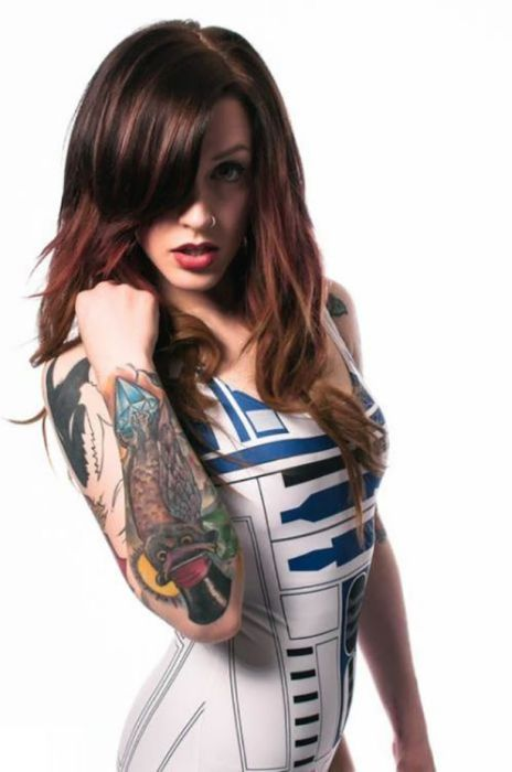 hot-girls-get-even-hotter-when-they-like-star-wars-41.jpg
