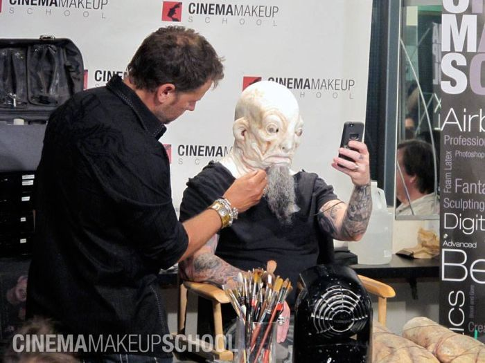 scary-makeup-09.jpg