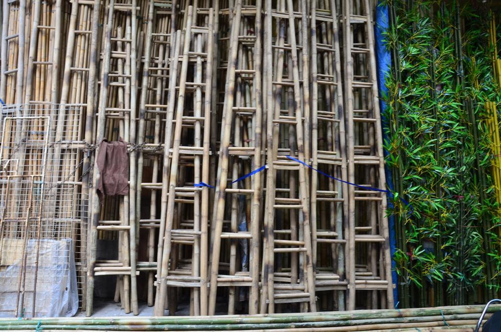 bambusz letrakat a legjobb az utcan tarolni a jardan