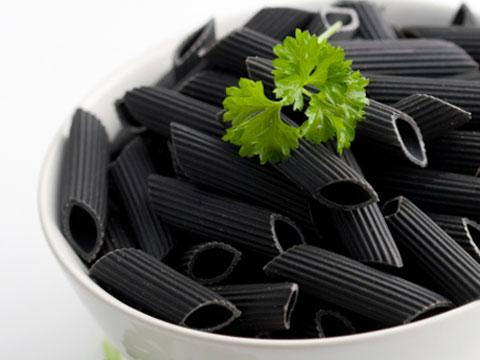 Fekete tészta