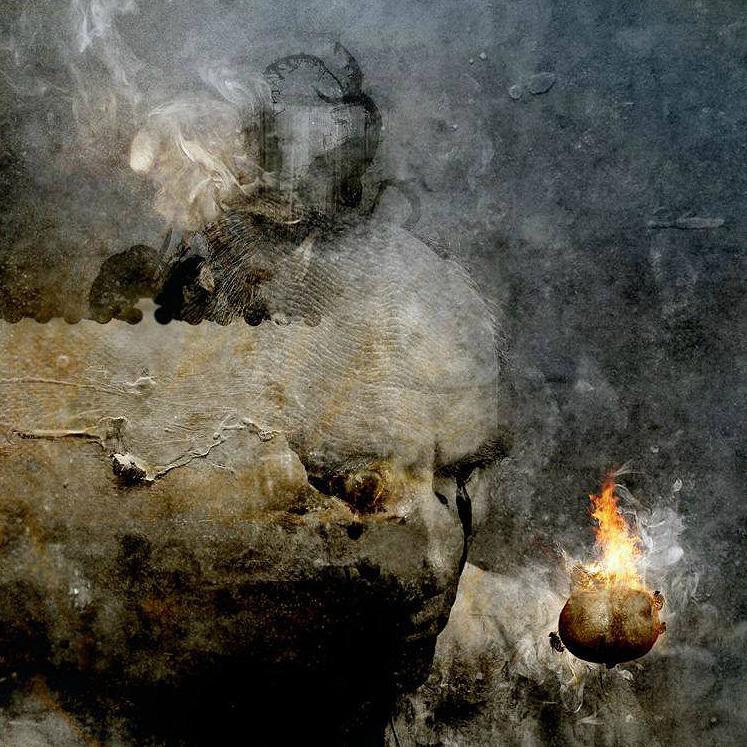 A lángoló gránátalma<br />Jacsó Balázs munkája