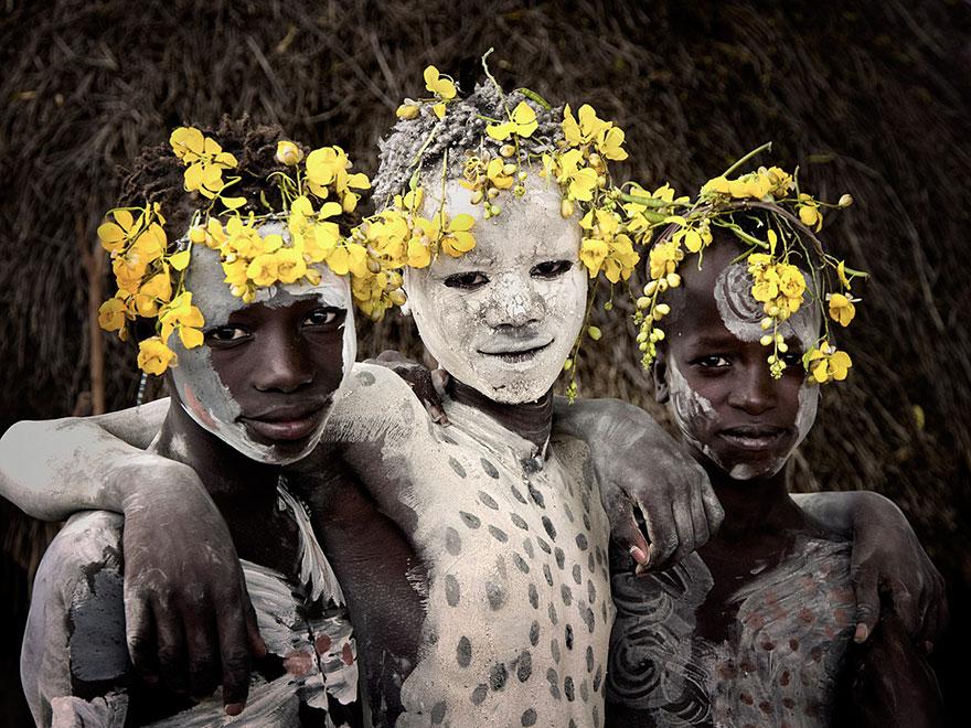 Az emberiség bölcsője: csodálatos fotók bennszülött törzsekről