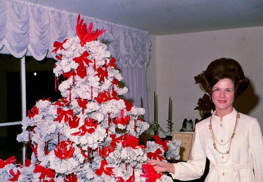 A legkínosabb képek a karácsonyfa előtt :)