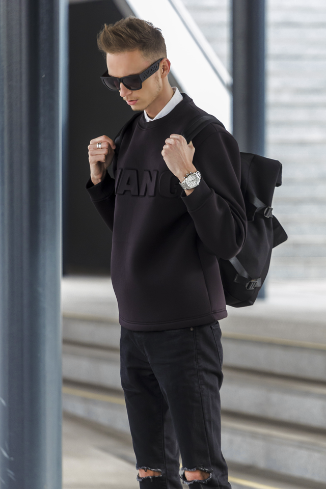 alexander-wang-hm-collection-fashion-blogger-men-style-divatblog-neoprene-sweater (1).png