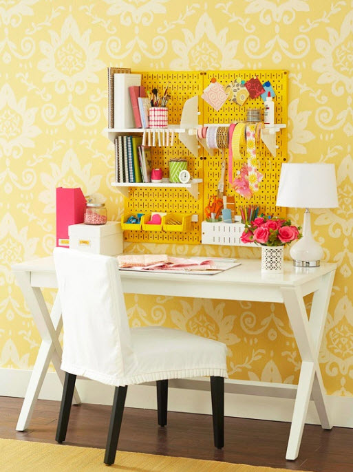 Colorful-home-office-in-yellow-and-white-color.jpg